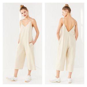 NWT UO ☀️ Linen Plunge Back Jumpsuit